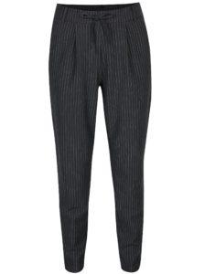 Tmavosivé pruhované voľné nohavice s vysokým pásom ONLY Poptrash