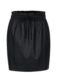 Čierna koženková sukňa s gumou v páse VERO MODA Riley