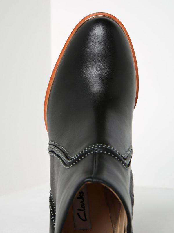 42713a4a8c8f Čierne dámske kožené členkové topánky Clarks Ellis Betty