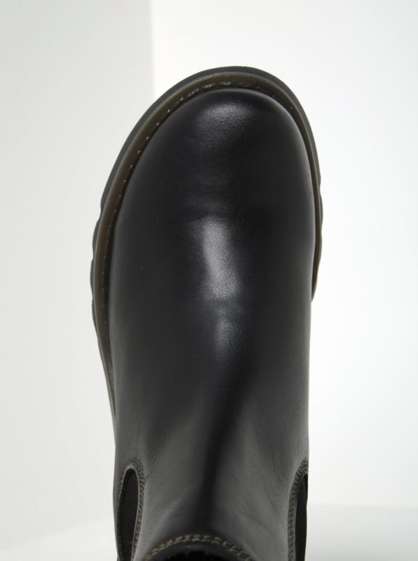 7e46750cc1c8 Čierne dámske kožené chelsea topánky FLY London