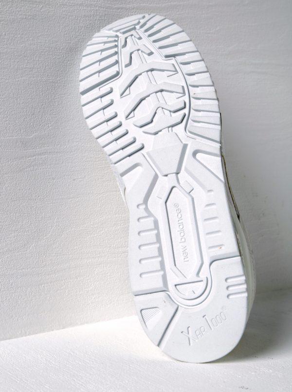 Biele dámske tenisky so semišovými detailmi New Balance