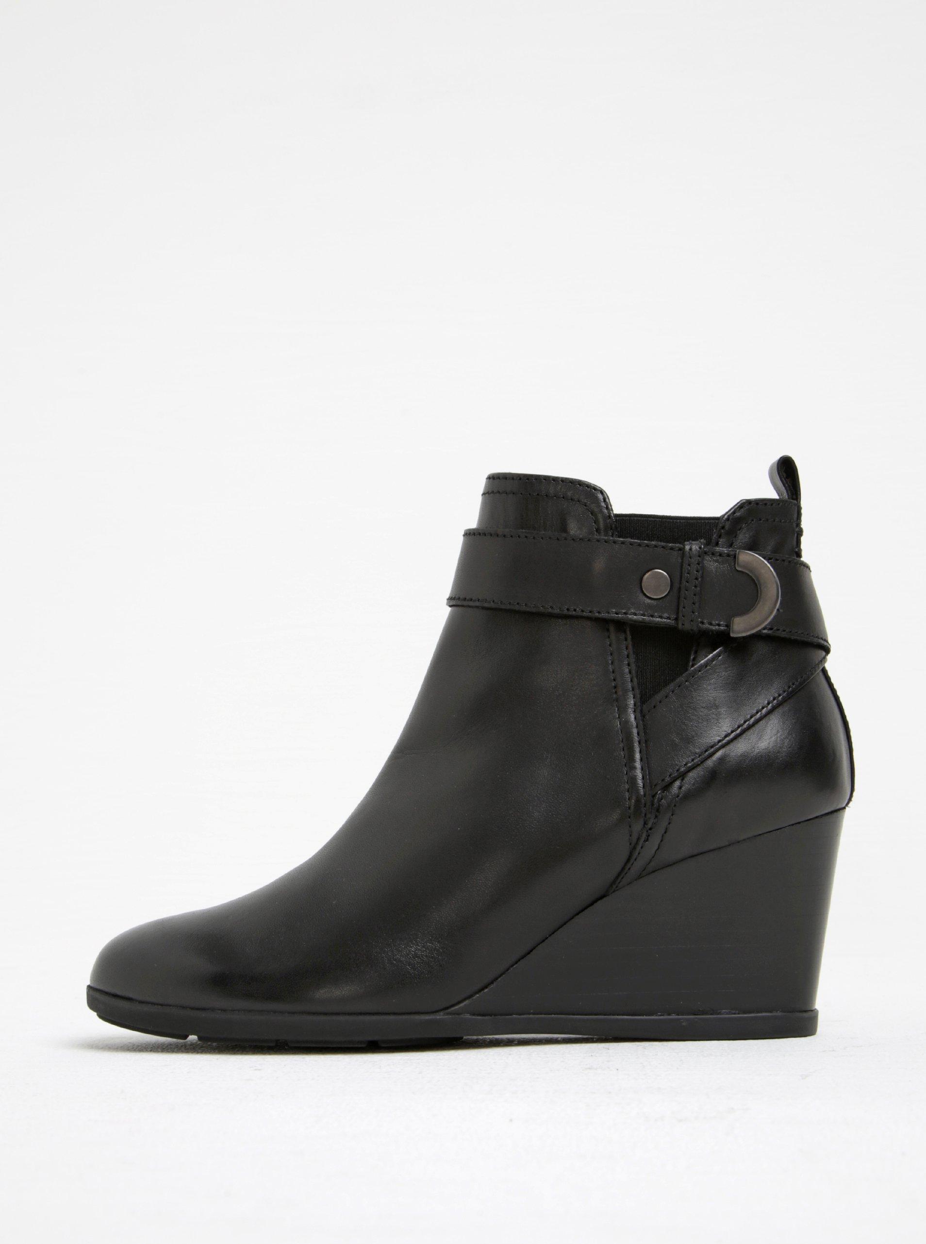 55e8e8617a63 Čierne dámske kožené topánky na klinovom podpätku Geox Inspirat D ...