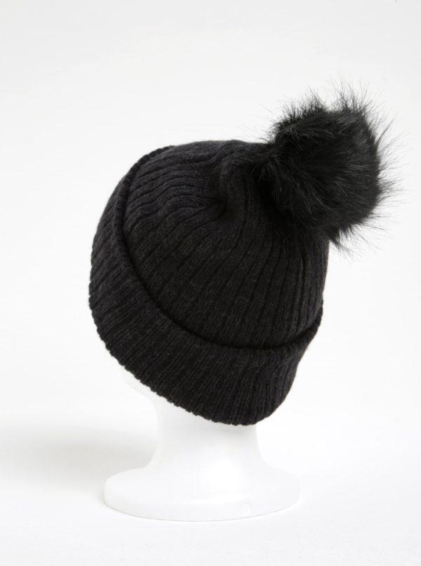 Čierna rebrovaná čiapka s brmbolcom ONLY Paula