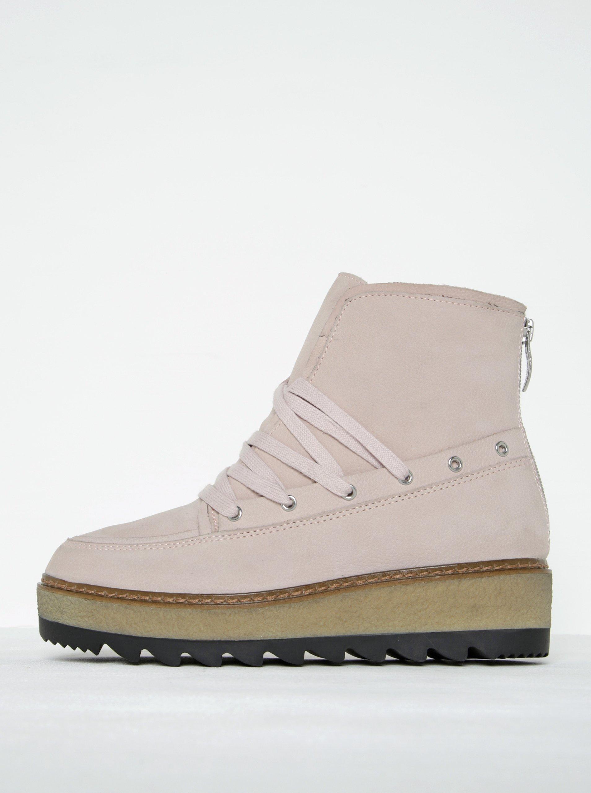 8a24d7a6045c Svetloružové kožené členkové topánky na platforme Tamaris