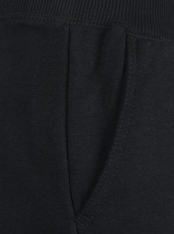 Čierne tepláky Blend