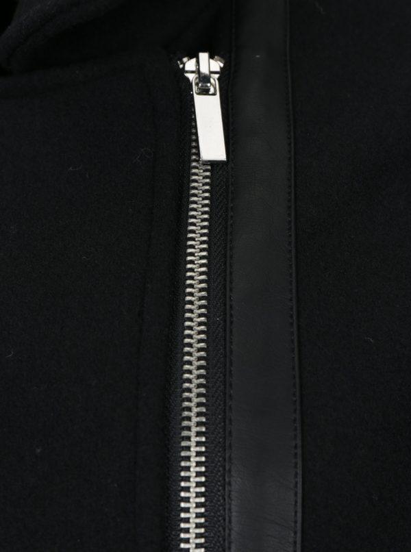 Čierny kabát s opaskom a prímesou vlny VERO MODA Milán