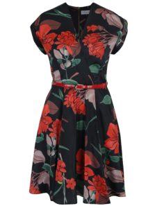 Čierno-červené kvetované šaty s prekladaným dekoltom a opaskom Closet