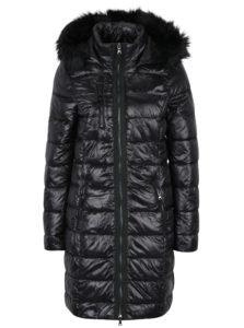 Čierny prešívaný kabát VERO MODA Onella