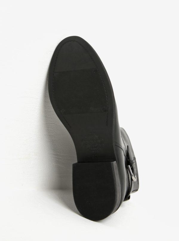 e4b5d51c5f Čierne dámske kožené členkové topánky s prackou Vagabond Cary