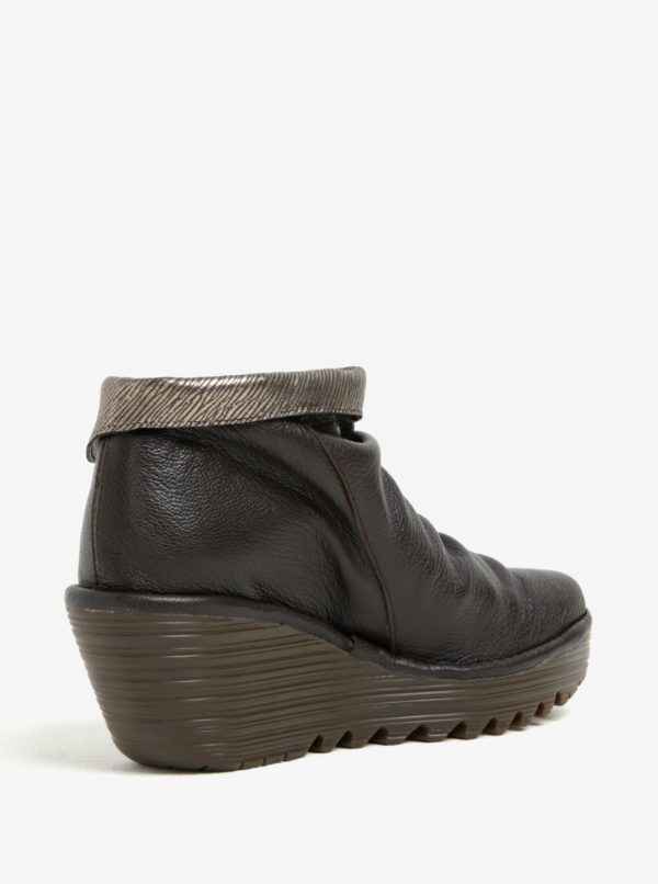 197f95f53e Tmavohnedé dámske kožené členkové topánky na plnom podpätku Fly London
