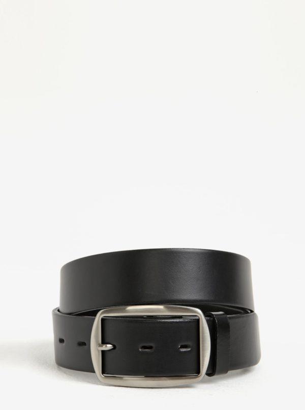 142adbb49 Čierny dámsky kožený opasok so striebornou prackou KARA | Moda.sk