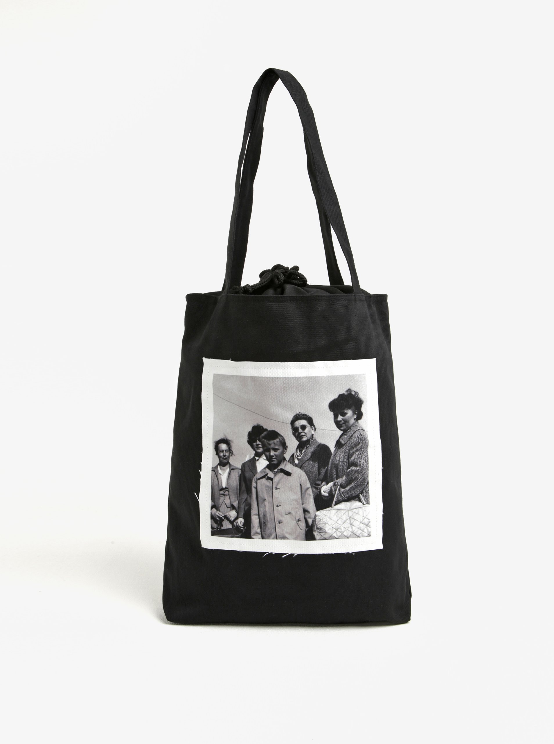 195f9005f6 Čierna plátenná taška s nášivkou retro žien La femme MiMi Teta Věra no.4