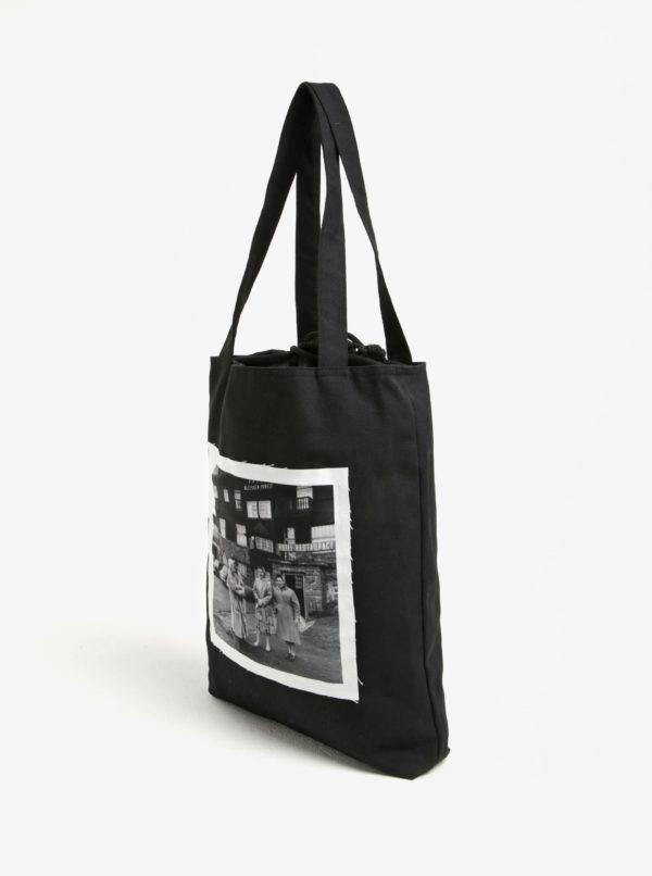Čierna plátenná taška s nášivkou retro babičiek La femme MiMi Teta Věra no.5