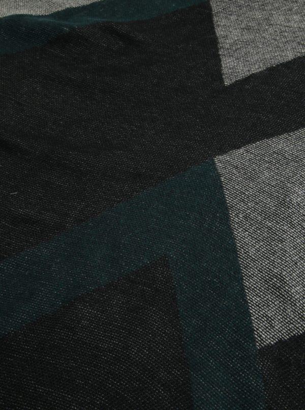 Čierno-zelený vzorovaný šál so strapcami Pieces Jarissa