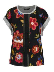 Čierne kvetované tričko Desigual Combinada