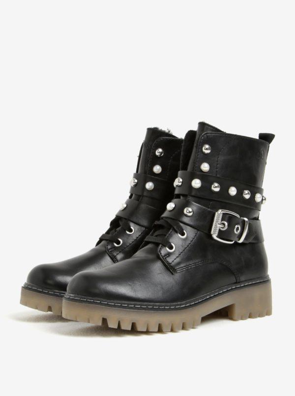 Čierne dámske zimné členkové topánky s ozdobnými detailmi s.Oliver