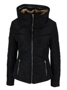 Čierna dámska prešívaná bunda s vysokým golierom QS by s.Oliver