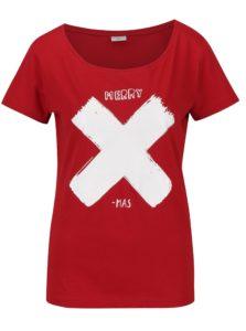 Červené tričko s bielou potlačou Jacqueline de Yong Chicago