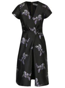 Čierne kvetované šaty Closet