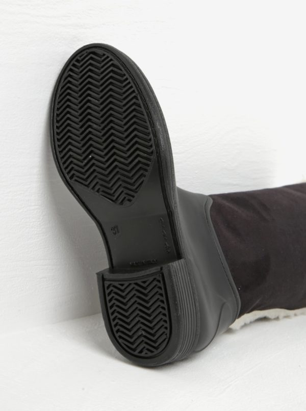 Čierne dámske gumáky s umelou kožušinou OJJU