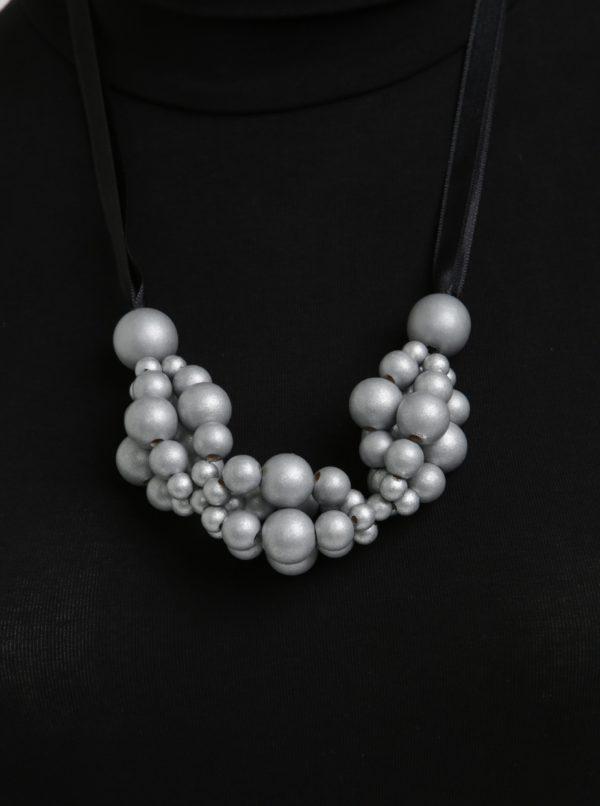 Drevený náhrdelník v čierno-striebornej farbe KO-RA-LE Wav