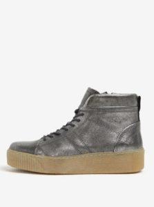Metalické kožené členkové topánky na platforme v striebornej farbe Tamaris