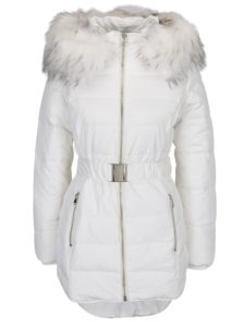 Krémová prešívaná bunda s umelým kožúškom Miss Selfridge