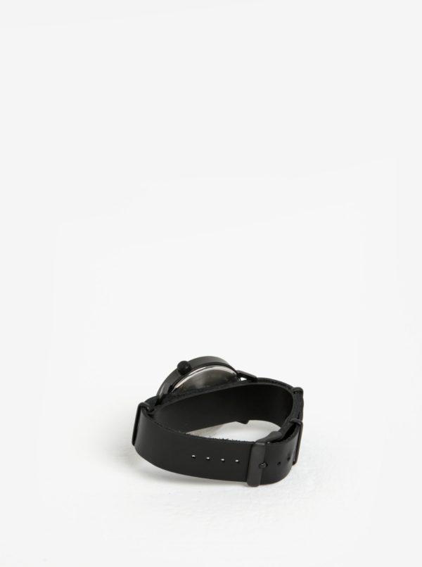 Čierne pánske hodinky s koženým remienkom  Komono Magnnus