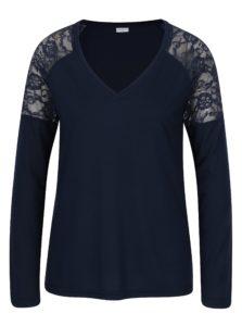 Tmavomodré tričko s čipkou na ramenách Jacqueline de Yong Parvola