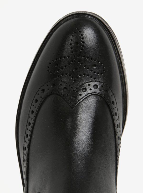 Čierne kožené členkové topánky na platforme Tamaris