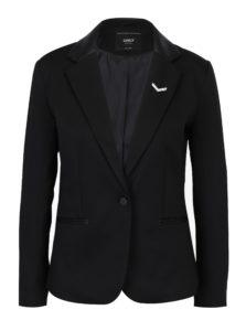 Čierne sako s brošňou ONLY Smilla