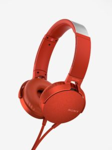 Červené slúchadlá s mikrofónom SONY Extra Bass