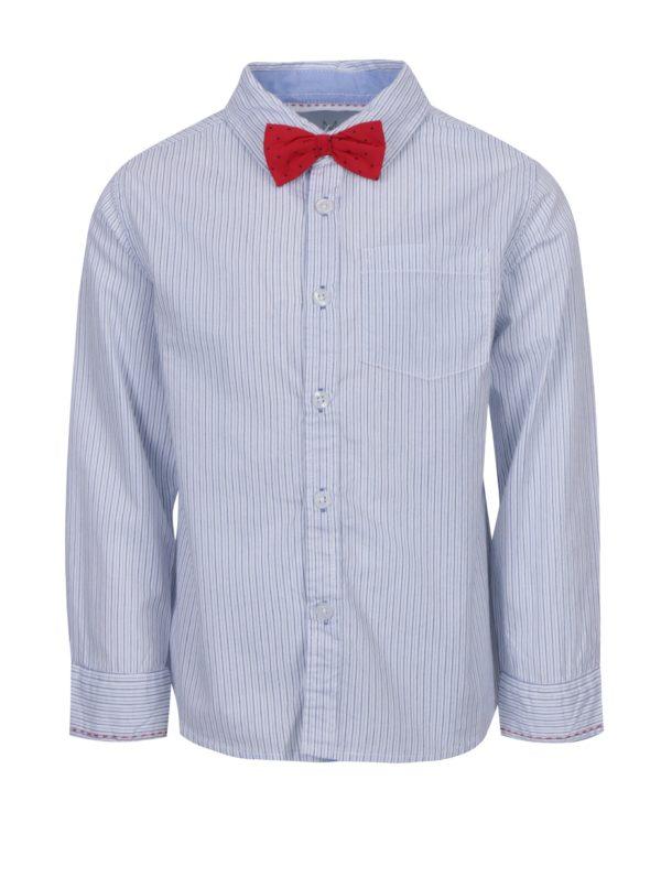 Biela chlapčenská pruhovaná košeľa s červeným motýlikom 5.10.15.