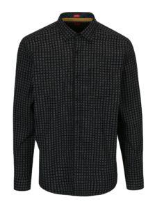 Čierna pánska vzorovaná regular fit košeľa s.Oliver