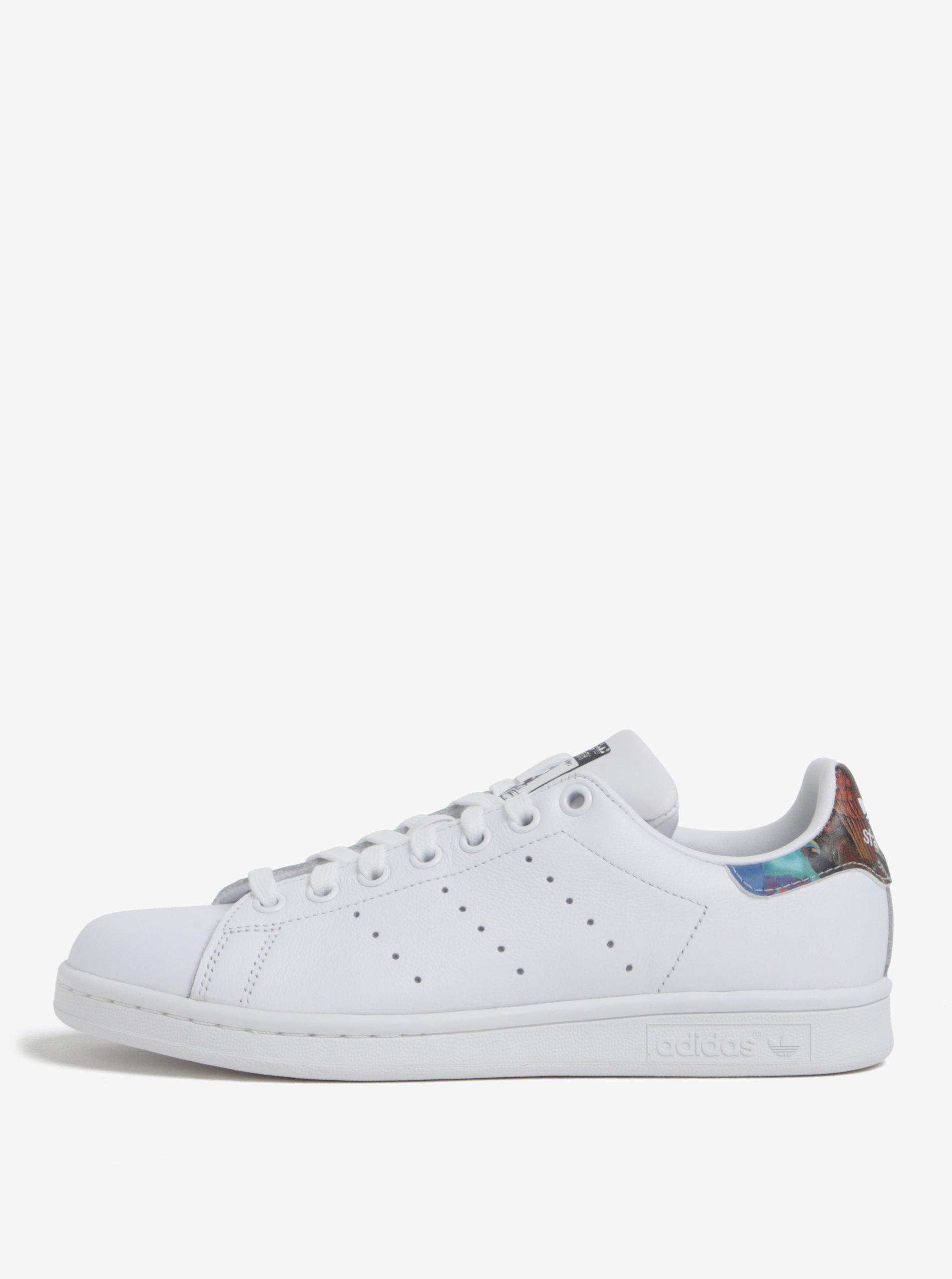 839f30cf15525 Biele dámske tenisky s farebným detailom adidas Originals Stan Smith ...