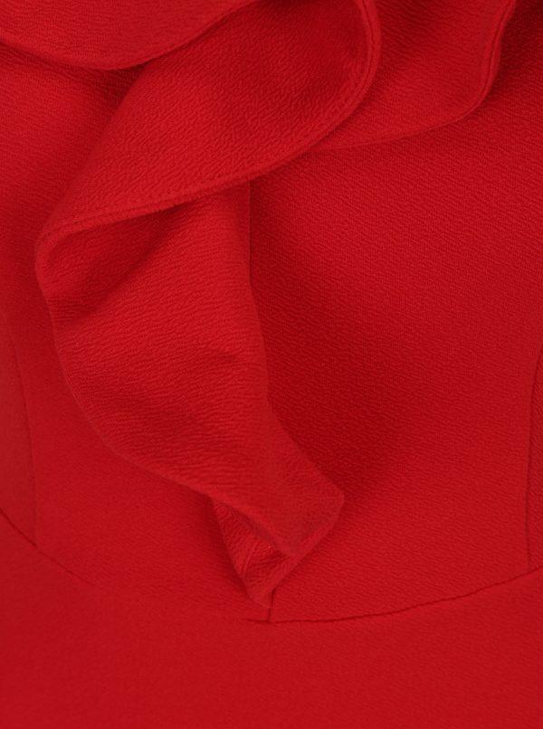 2a670f04595c Červené puzdrové šaty s volánom a odhalenými ramenami AX Paris