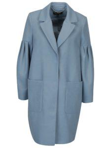 Modrý kabát s balónovými rukávmi Miss Selfridge