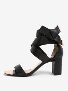 Čierne kožené sandáliky s mašľou Ted Baker Peyepa