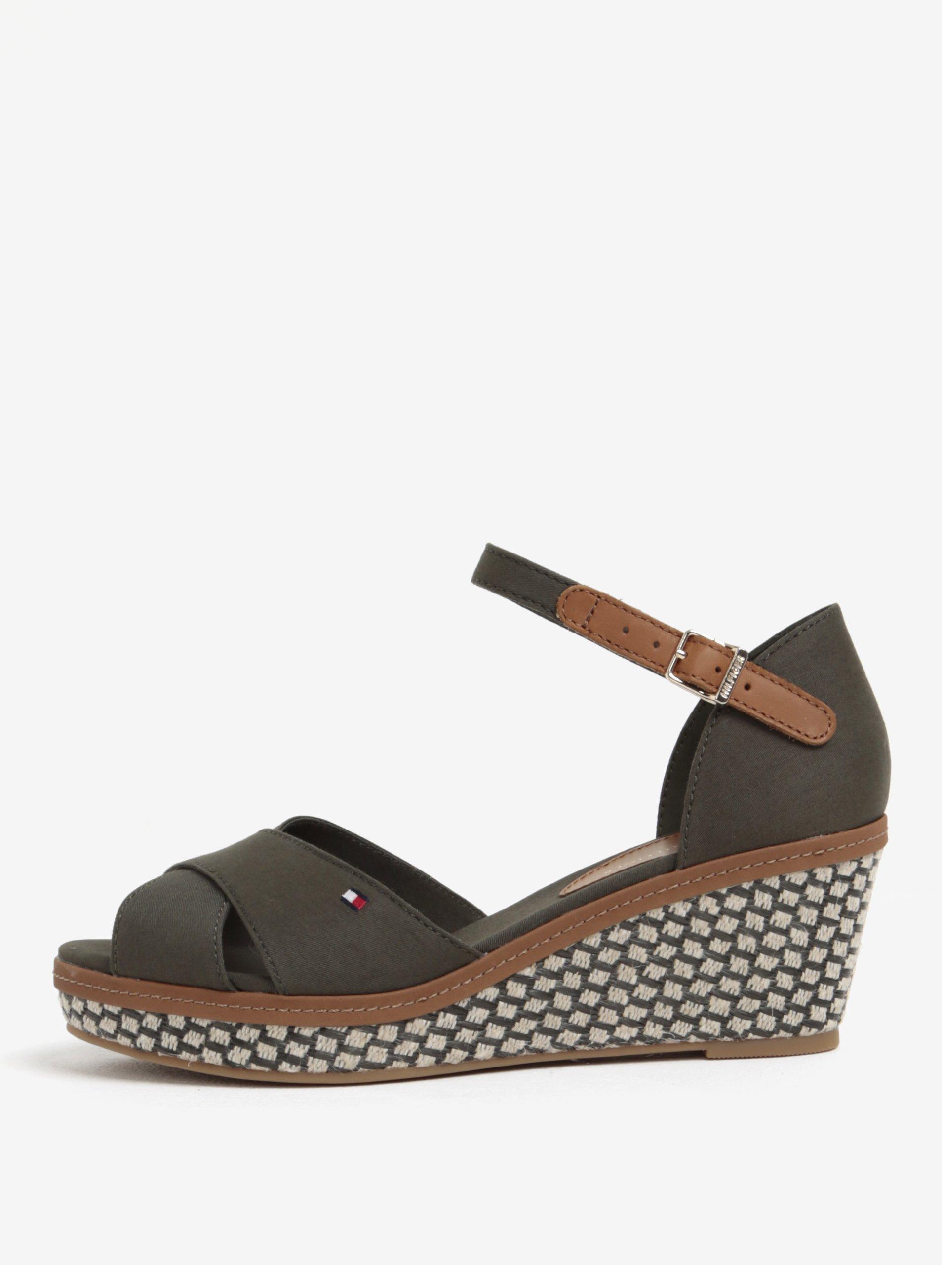 c3705501d9b7 Kaki sandále na klinovom podpätku Tommy Hilfiger