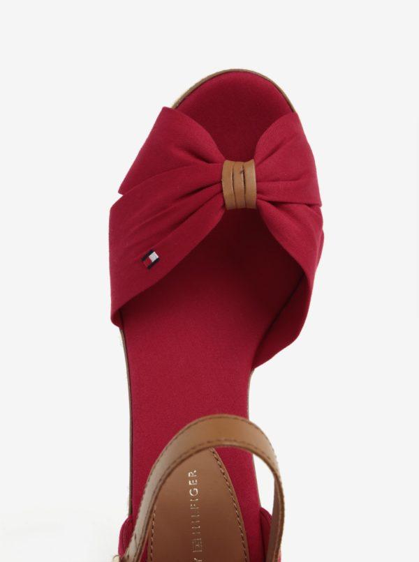 Červené sandále na klinovom podpätku Tommy Hilfiger