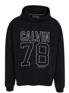 Čierna pánska mikina s vyšívaným logom a číslicou Calvin Klein Himba