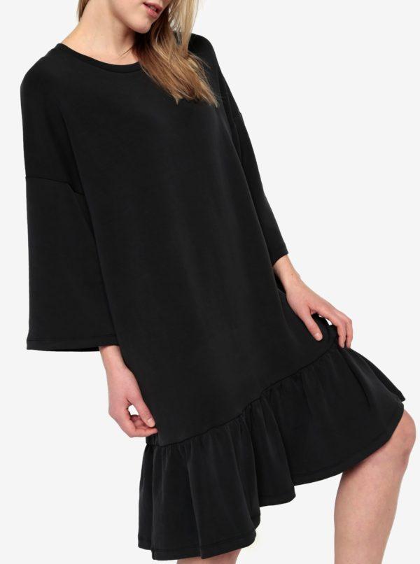 Čierne oversize šaty s volánom Selected Femme Liva