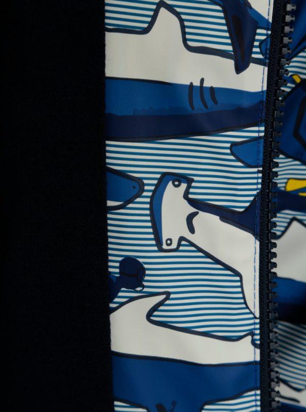 Tmavomodrá chlapčenská pláštenka s potlačou Tom Joule Skipper