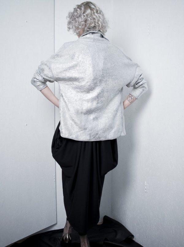 Obojstranný kardigán v striebornej a sivej farbe La femme MiMi