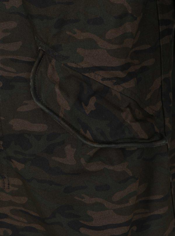 Kaki maskáčová parka s kapucňou Jack & Jones New Bento