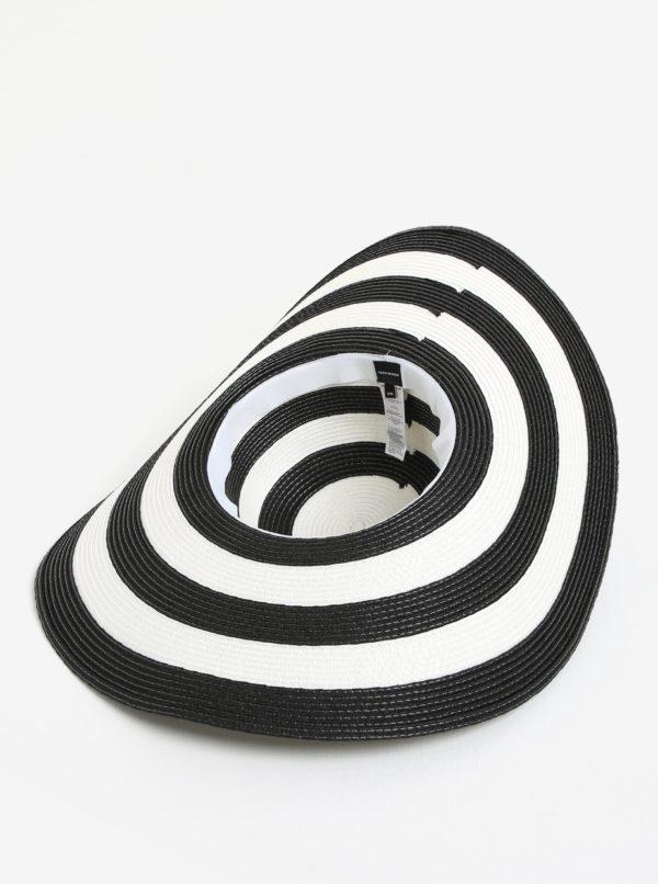 Čierno-biely pruhovaný klobúk VERO MODA Lisa