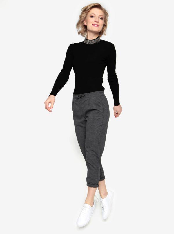 Čierny tenký sveter s korálkovou aplikáciou Oasis Embellished