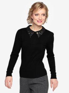 Čierny sveter s golierom s korálkami Oasis Butterfly