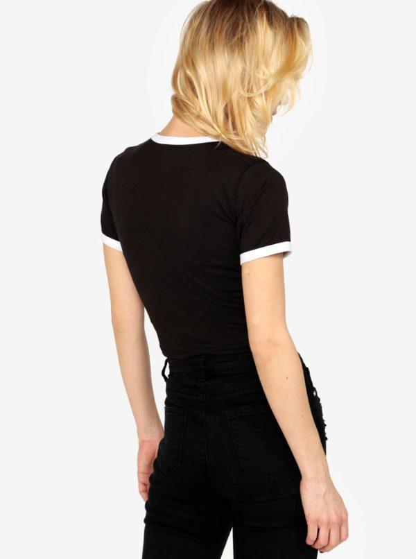 Čierny crop top s výšivkou MISSGUIDED Barbie