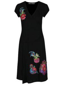 Čierne šaty s prekladaným výstrihom a nášivkami Desigual Asha